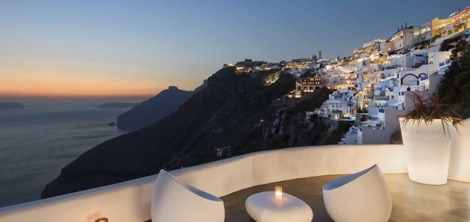 ATHINA LUXURY SUITES SANTORINI